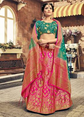 Pink Silk Circular Chaniyacholi With Green Dupatta