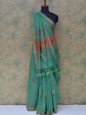 Rama Colored Art Silk Traditional Saree With Golden Border And Pallu.